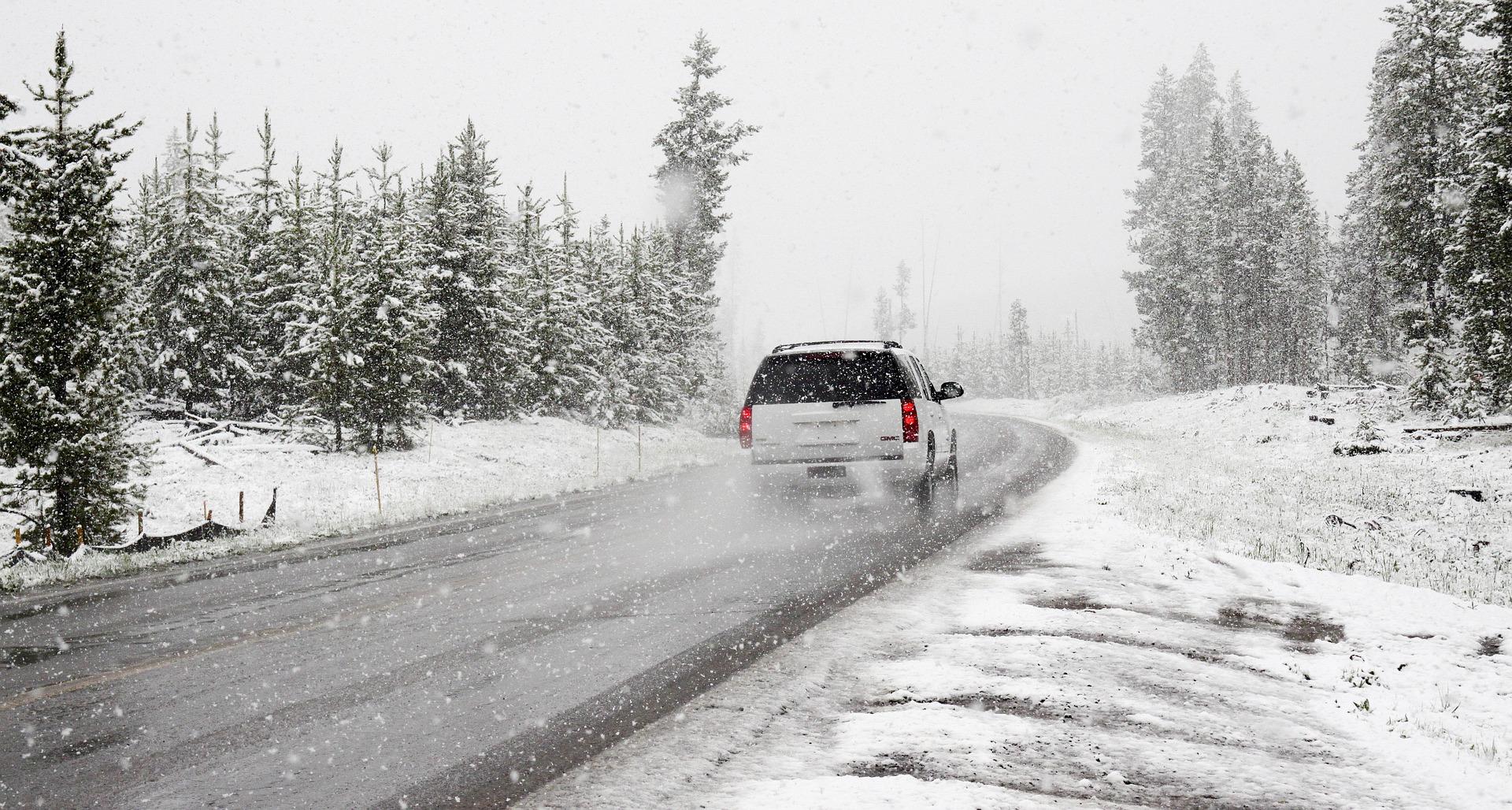 Landvetter Parkering | 10 bil vinter vård och underhållstips